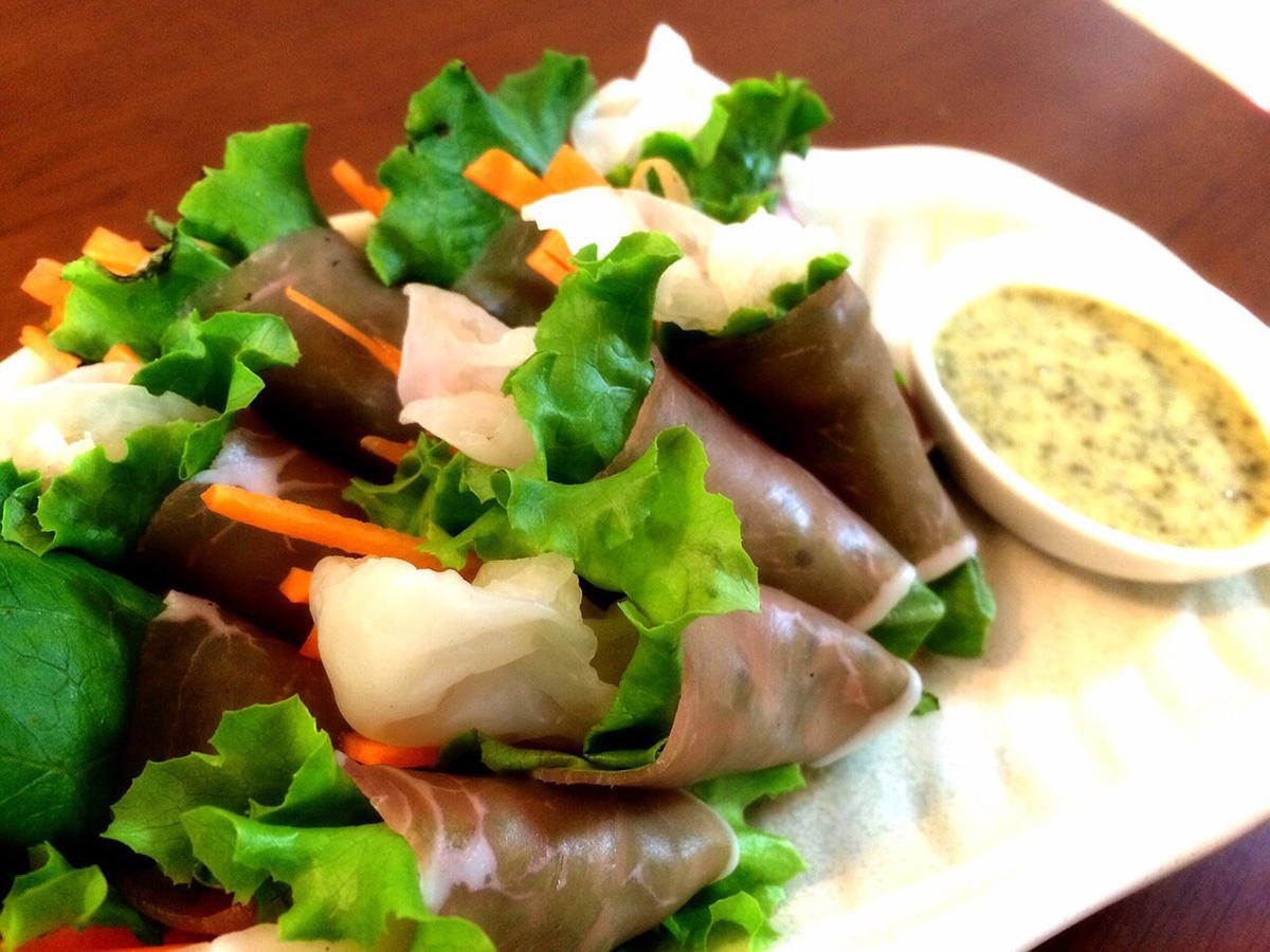 白いきくらげ「白美茸」料理(生ハム巻き)