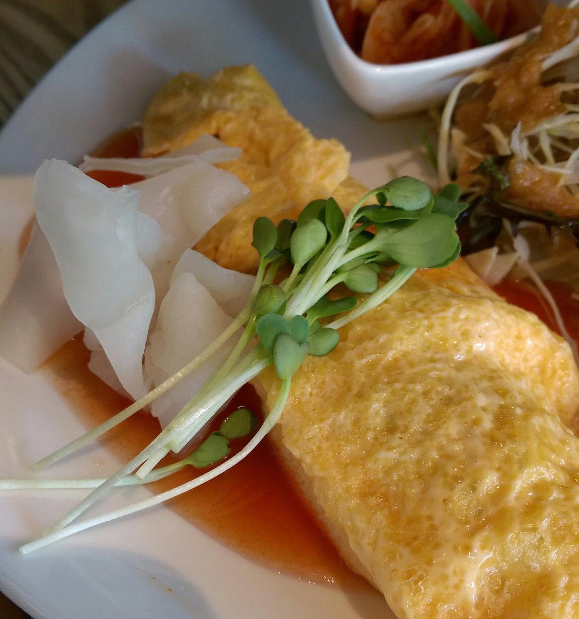 白いきくらげ「白美茸」料理(オムレツ)